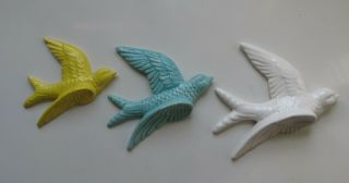 3 Wall Birds Swallows Vintage Style Flying Ceramic Yellow Teal White Retro Gift