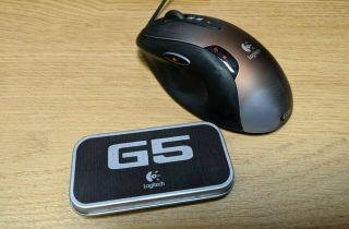 Rare Logitech G5 Gaming Mouse With Packaging,  Adjustable Weights,  Great