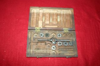 Antique Wiley & Russell Mfg.  Tap And Die Set In Wood Storage Case