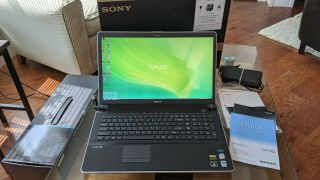 """Rare Sony Vaio Vgn - Aw230 18.  4 """" 1080p/ 2.  40ghz/ Ssd/ Blu - Ray/ Win7"""