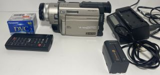 Sony Dcr - Trv900 Minidv Handycam Digital Video Camcorder - Rare W/battery Charger