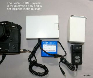 7.  4v High Capacity Li - Ion Pack W/charger & Rare Connecting Cord To Leica Dmr L