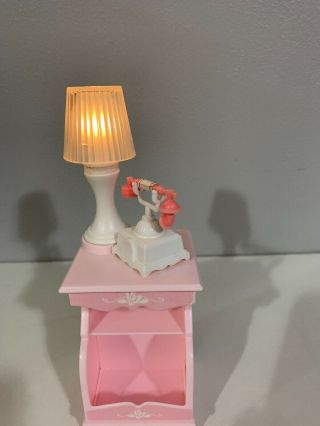 Vtg 1990 Barbie Sweet Roses Magical Mansion Night Stand Lamp & Phone Missing Rug