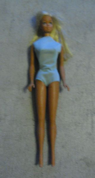 Vintage 1966 Mattel Japan 2 Blonde Barbie Doll With Click Knees And Swimsuit